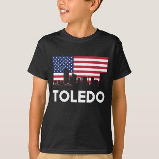 トレドオハイオ州の米国旗のスカイライン Tシャツ