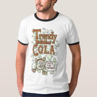 トレンディーはコーラ泡立ちます Tシャツ