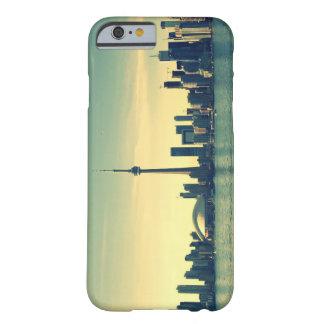 トロントのスカイラインのiPhoneの場合 Barely There iPhone 6 ケース