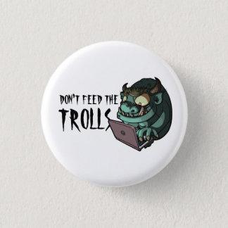 トロールのインターネットのトロールのくもの巣の漫画を食べ物を与えないで下さい 3.2CM 丸型バッジ