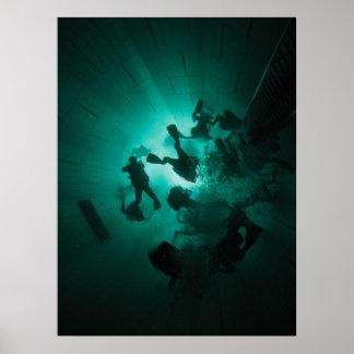 トンネルのダイバー ポスター