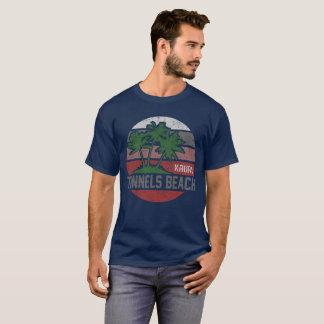 トンネルのビーチカウアイ島 Tシャツ