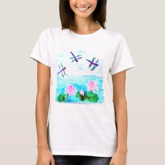 トンボによって、Lillyは池の芸術が開花します Tシャツ