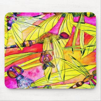 トンボの突風の昆虫の攻撃の水彩画の絵画 マウスパッド