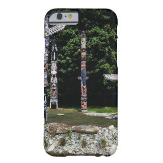 トーテムポール、バンクーバー、イギリスのコロンビア BARELY THERE iPhone 6 ケース