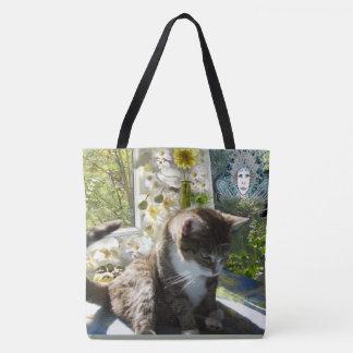 トートバック: 植物、花および妖精を持つかわいい猫 トートバッグ