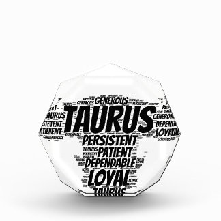 トーラスの占星術の(占星術の)十二宮図の印の単語の雲 表彰盾