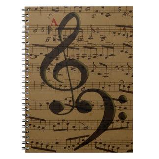 ト音記号の低音の楽譜 ノートブック