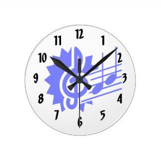 ト音記号第8のノートのスタッフの写実的な青 ラウンド壁時計