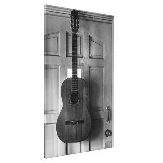 ドアのギター キャンバスプリント