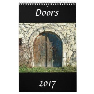 ドアは2017年をカレンダーに記録します カレンダー