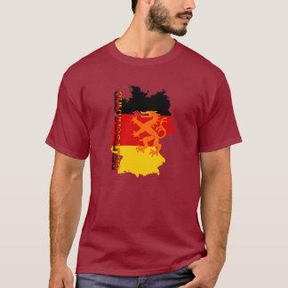 ドイツのオクトーバーフェストの紅葉 Tシャツ