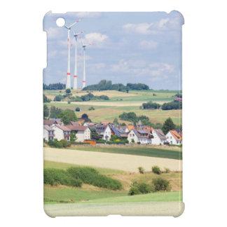 ドイツの村は風車およびトウモロコシ畑を収容します iPad MINI カバー