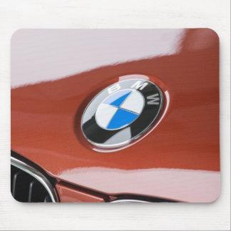 ドイツのBayernババリア、ミュンヘン。 BMWのふち飾り車2 マウスパッド