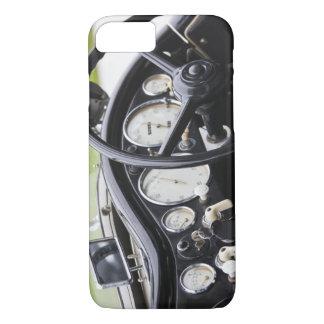 ドイツのBayernババリア、ミュンヘン。 BMWのふち飾り車3 iPhone 8/7ケース