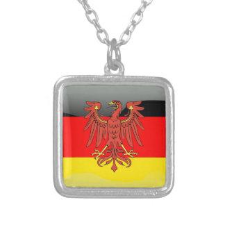 ドイツ光沢のある旗 シルバープレートネックレス