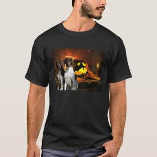 ドイツShorthairedポインターのハロウィンのユニセックスなワイシャツ Tシャツ