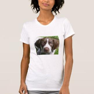 ドイツShorthairedポインターの子犬 Tシャツ