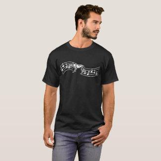 ドイツShorthairedポインター犬のリズムの心拍 Tシャツ