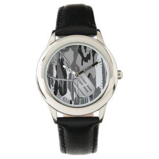ドッグタッグとの北極迷彩柄 腕時計