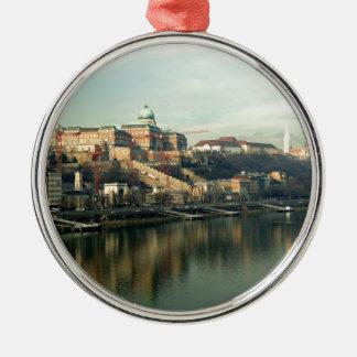 ドナウ上のブダペストハンガリーの城の丘 メタルオーナメント