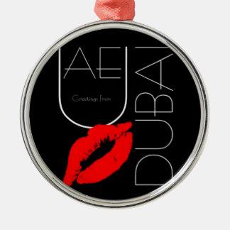 ドバイアラブ首長国連邦の赤い口紅のキスからの挨拶 メタルオーナメント