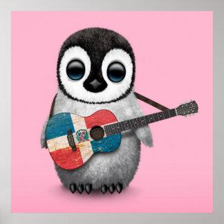ドミニカ共和国のギターのピンクを遊んでいるペンギン ポスター