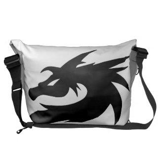 ドラゴンのバッグ メッセンジャーバッグ