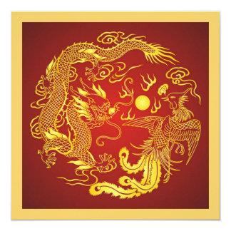 ドラゴンのフェニックスの赤い金ゴールドの中国人の結婚式招待状 13.3 スクエアインビテーションカード
