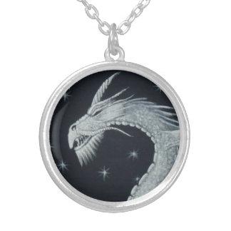 ドラゴンのヘッドネックレス シルバープレートネックレス