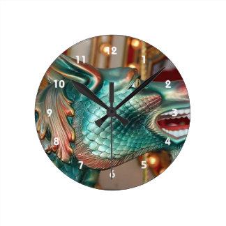 ドラゴンのヘッド回転木馬の乗車の公平なイメージ ラウンド壁時計