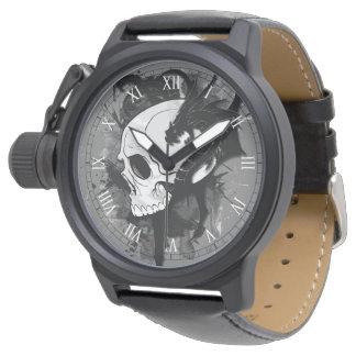 ドラゴンの入れ墨の芸術のスカルの頭部 腕時計
