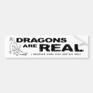 ドラゴンは実質です! • バンパーステッカー
