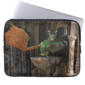 ドラゴン及び城のファンタジーのアートワーク ラップトップスリーブ