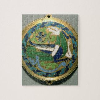 ドラゴン、Conquesからのフランス語を、描写する円形浮彫り ジグソーパズル