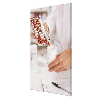 ドラッグストアの測定の丸薬の薬剤師への キャンバスプリント