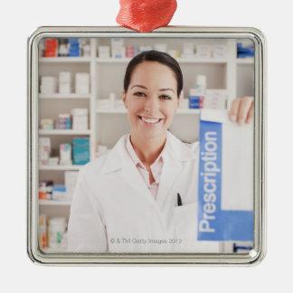 ドラッグストアの規定を保持している薬剤師 メタルオーナメント