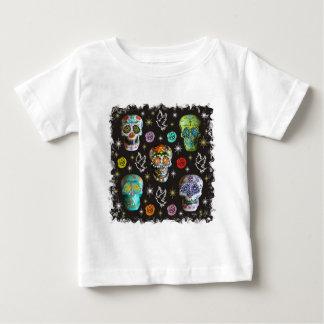ドロシーIrvin著死んだスカルの日 ベビーTシャツ