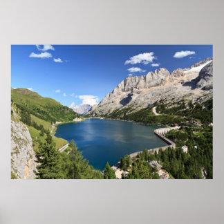 ドロマイト- Fedaia湖およびパス ポスター