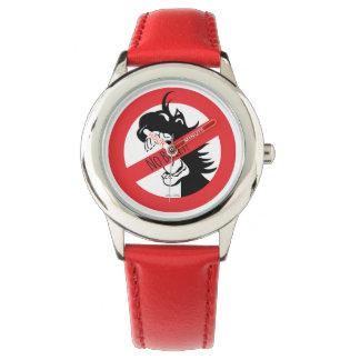 ドングリはいじめっ子の腕時計をかみます リストウォッチ
