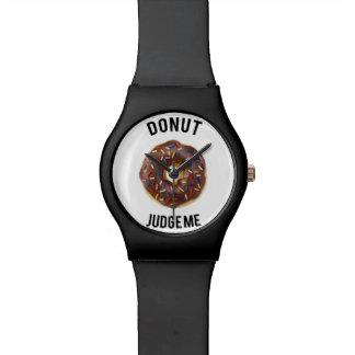 ドーナツは私を判断します ウォッチ