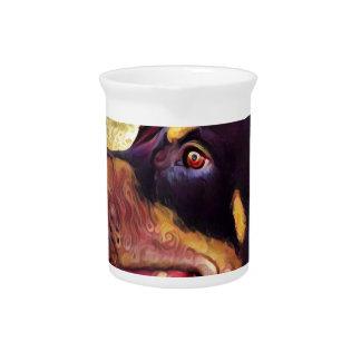 ドーベルマン犬の渦巻のペンキ2 ピッチャー