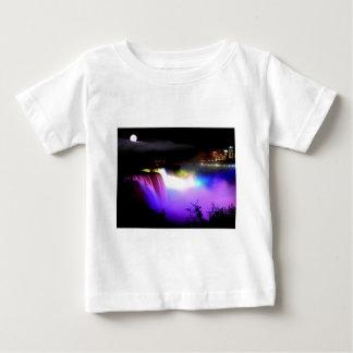 ナイアガラ滝の下フラッドライト夜 ベビーTシャツ