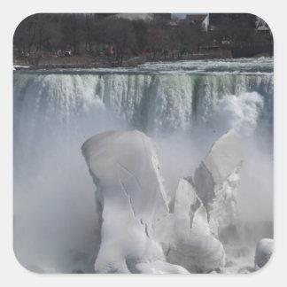 ナイアガラ・フォールズ20140406IMG_65のアメリカ人の滝 スクエアシール