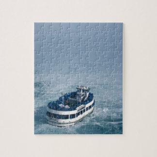 ナイアガラ・フォールズ、カナダの上の霧の終わりの女中 ジグソーパズル