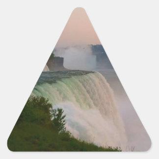 ナイアガラ・フォールズ 三角形シール