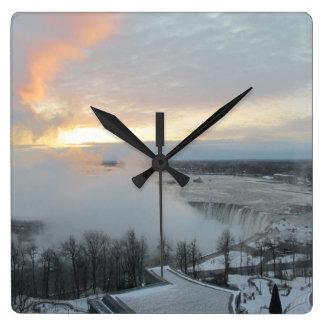 ナイアガラ・フォールズ-冬2015年 スクエア壁時計