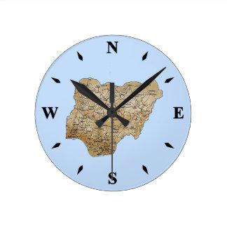 ナイジェリアの地図の時計 ラウンド壁時計