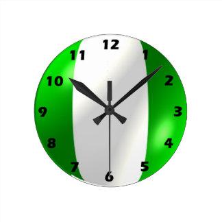 ナイジェリアの旗のデザイン ラウンド壁時計