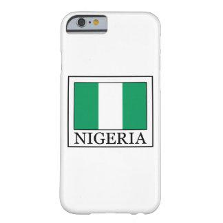 ナイジェリアの電話箱 BARELY THERE iPhone 6 ケース